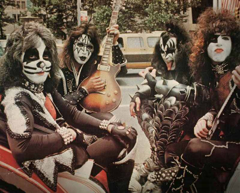 a history of kiss in american rock music Who are 5 people who are important in the history of music that we have come to know as rock and of the history of american music.