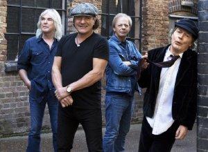 ������ AC/DC ����� ����� �� ������