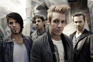Papa Roach представили еще одну песню из нового альбома