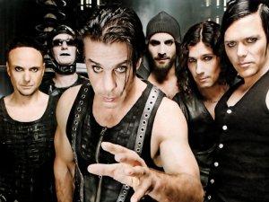 Группа Rammstein не собирается распадаться, а будет и дальше радовать поклонников новыми песнями